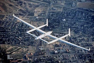 avión Voyager