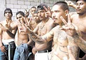 Las Pandillas Callejeras en Centroamerica Maras: Jovenes Agresivos