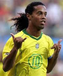 Biografía Ronaldinho Grandes Jugadores de Futbol de la Historia
