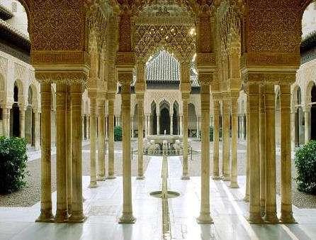 columnas interiores de alhambra