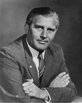 Vida de Von Braun y el Saturno 5: El Cohete Para la Mision Apolo –  BIOGRAFÍAS e HISTORIA UNIVERSAL,ARGENTINA y de la CIENCIA
