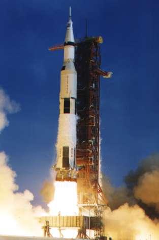 Vida de Von Braun y el Saturno 5: El Cohete Para la Mision Apolo