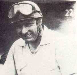 Idolos del Deporte Argentino Accidente de Fangio en Monza en 1952