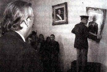 Néstor Kirchner ordena retirar los retratos de Videla y de Bignone