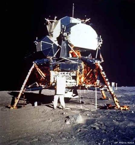 Modulo Lunar Apolo 11 Caracteristicas Capsula Lunar Descenso Luna ...