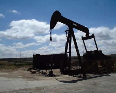 El Petroleo,su Formación, Explotacion, Caracteristicas y Usos