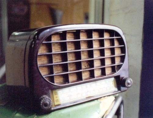 Historia de los Medios de Comunicación La Radio, El Cine y La Televisión