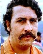 Pablo Escobar Rey del Narcotrafico en Colombia Vida Biografía Drogas