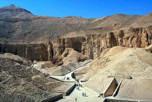 El Valle de los Reyes Egipto Templos Origen Ubicacion Luxor Karnak ...