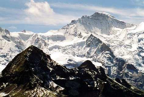 vista de los alpes con nieve