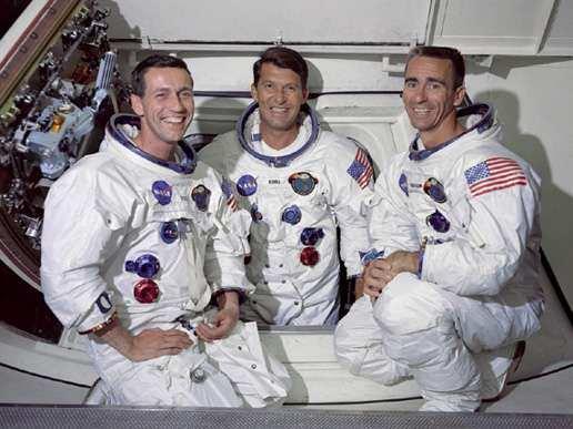 astronautas Donn Eisle; Walter Schirn y Walter Cunnungham