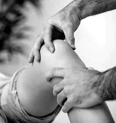control medico de rodillas