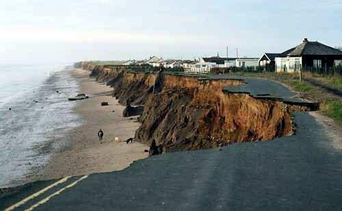 erosion del mar en la costa