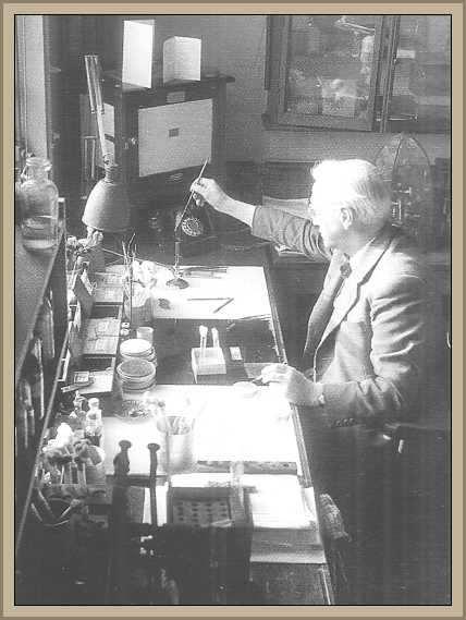 Fleming Alexander en el laboratorio