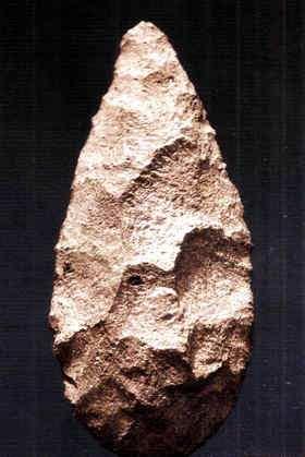 hacha de piedra