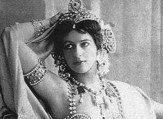 Amores de Matahari Mujeres Famosas de la Historia