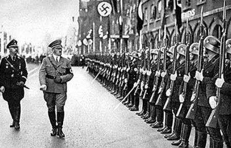desfile de hitler