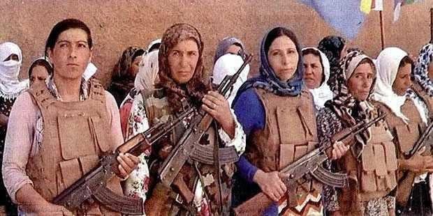 Mujeres Kurdas Armadas