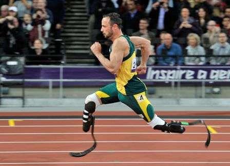 pistorius atleta con piernas ortopedicas