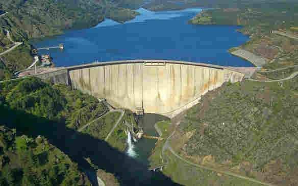 represa de agua