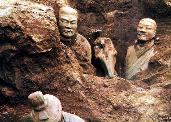 tumba del primer emperador chino