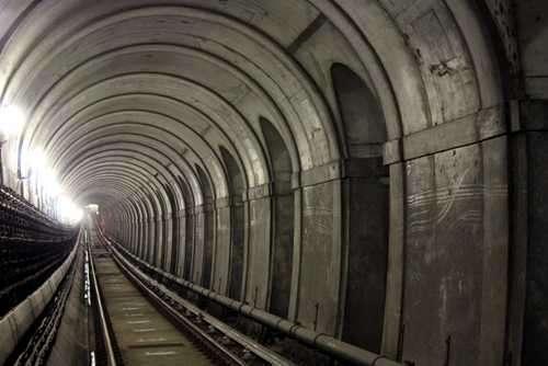 Túnel Bajo el Río Támesis Historia de su Construcción