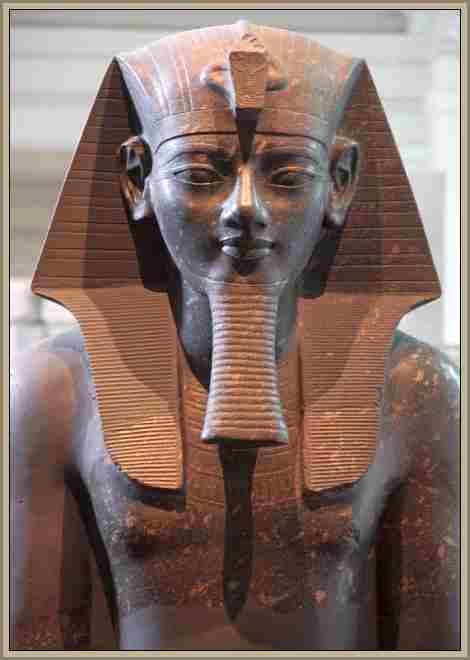 AMENOFIS iii faraon egipcion