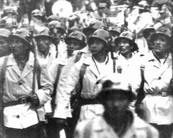 historia de bolivia mineros armados