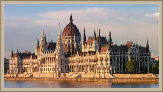 //historiaybiografias.com/archivos_varios5/budapest3.jpg