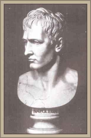 Escultura de Napoleón de Canova