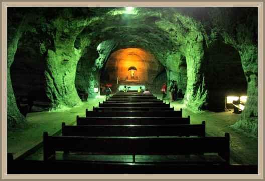 //historiaybiografias.com/archivos_varios5/catedral_sal.jpg