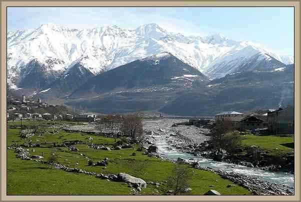 vista montañas del Caucaso