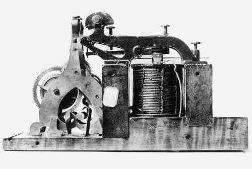 primer transformador electrico
