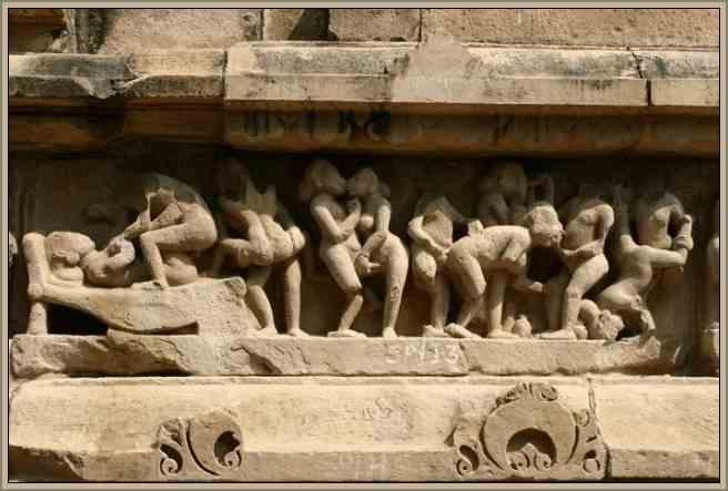 khajuraho patrimonio esculturas eroticas