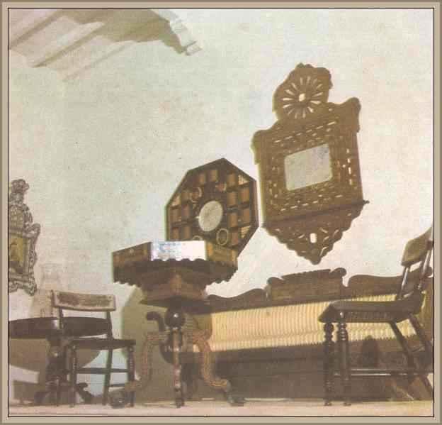 muebles de la etapa colonial