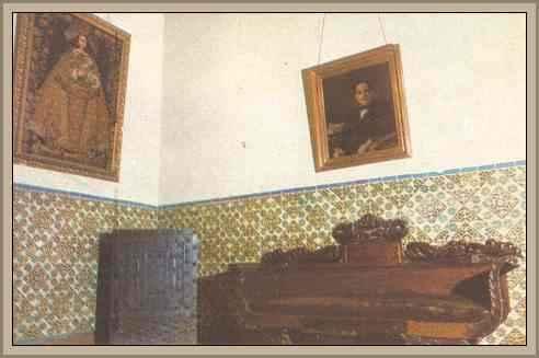 https://historiaybiografias.com/archivos_varios5/muebles-colonial1.jpg