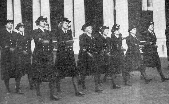 https://historiaybiografias.com/archivos_varios5/mujer-guerra1.jpg