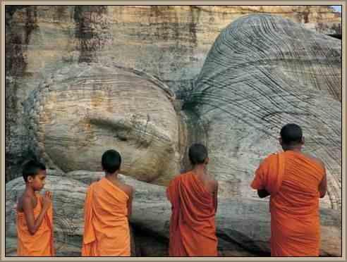 patrimonio de la india colosos de buda